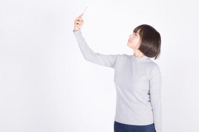 自分のルックスの印象をアップさせる!インスタ映えする自撮り写真の撮り方